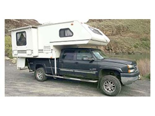 2001 SUMMERWind 10 camper with slide out awning over back door forced air furnace indoor  outdo