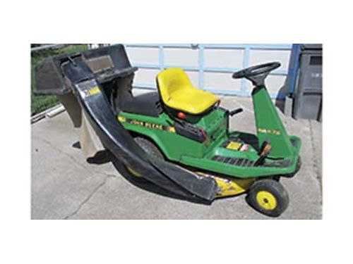 JOHN Deere 75 riding mower with bag new drive belts 30 inch 9 hp hydrostatic drive runs good
