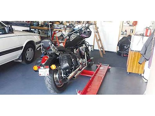 2006 HONDA VTX 1300C Black motorcycle Excellent condition Always kept in garage 4200 Call 509-