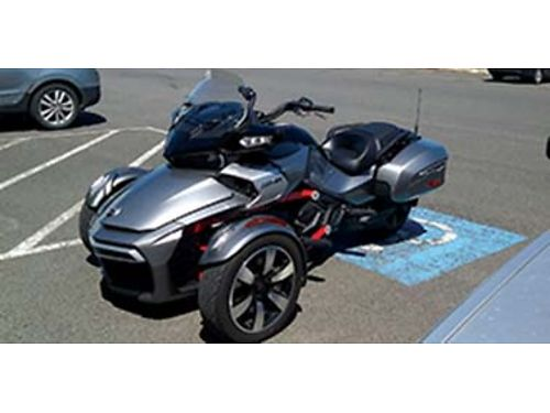 2016 CANAM Spyder F3-T 3 wheel motorcycle low miles Near perfect low miles must see plus extra
