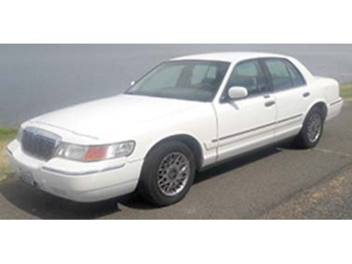 2000 MERCURY Grand Marquis 2nd owner low miles very well maintained runs and