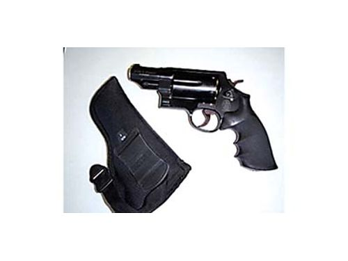 SMITH  WESSON Governor six shot Shoots seven different rounds Asking 750 509-770-5585
