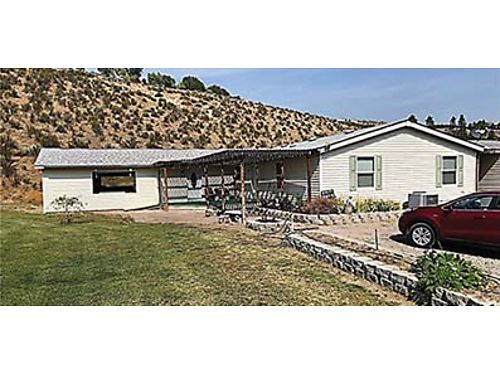 OKANOGAN 4 bed2 bath on almost 3 acres with water rights to irrigate Master suite with garden tub
