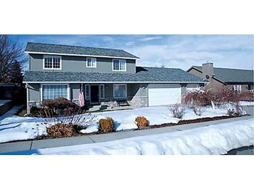 HOME SWEET HOME Beautiful 2-story Wenatchee home with 3 bedrooms 25 baths located in a quiet neigh