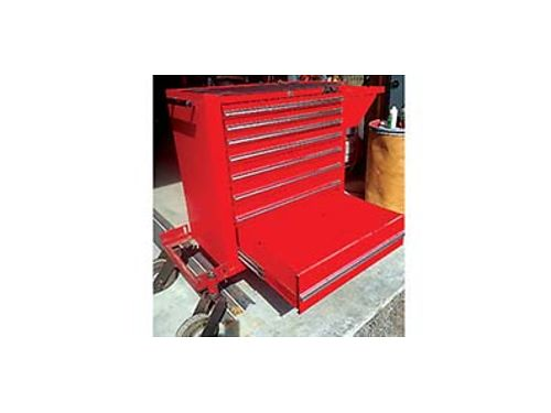 MAC ROLLAWAY tool box for sale 500 firm Very good condition 509-760-4702