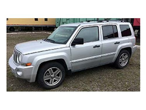 2007 JEEP Patriot 4X4 4cyl auto leather loaded 83K miles 5000 509-981-9