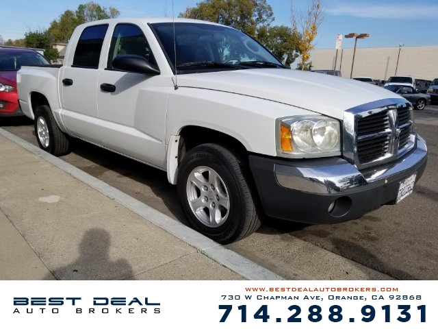 2005 Dodge Dakota SLT Front air conditioning - Array automatic climate control Front air conditio
