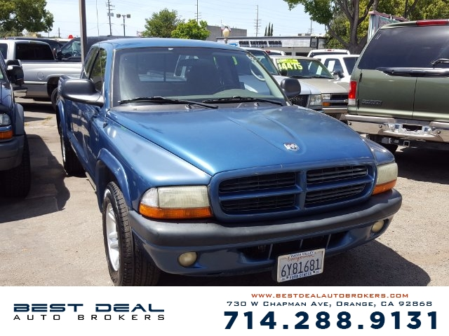 2002 Dodge Dakota Sport Ext-Cab Front air conditioning Front airbags - dual Cassette -  Radio -