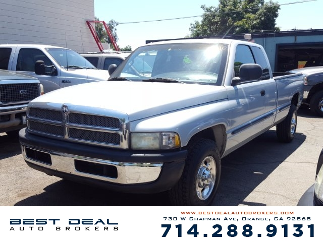 2002 Dodge Ram 2500 SLT Diesel Quad Front air conditioning Front airbags - dual Cassette Radio