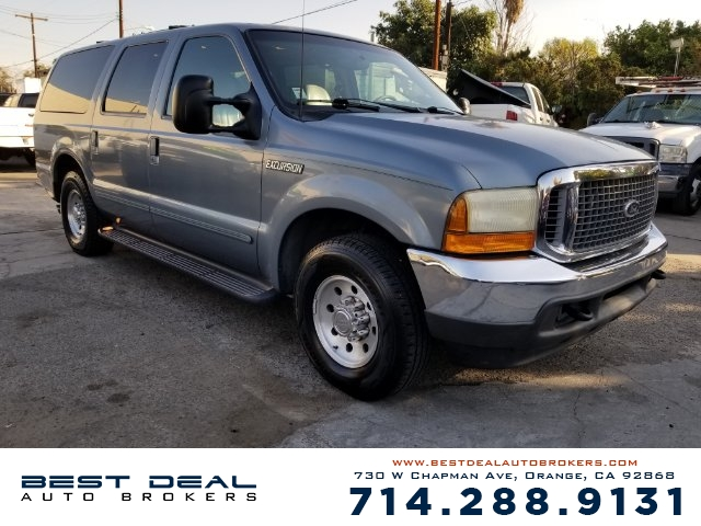 2000 Ford Excursion XLT Front air conditioning Rear air conditioning Front airbags - dual Casset