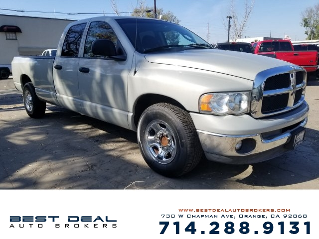 2005 Dodge Ram 2500 ST Front air conditioning - Array automatic climate control Front air conditio