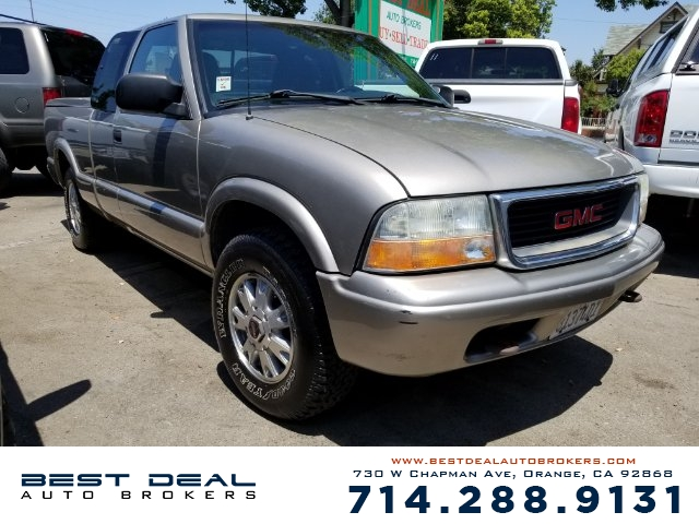 2003 GMC Sonoma SL 4WD EXTENDED Front air conditioning Front airbags - dual Radio - AMFM ABS -