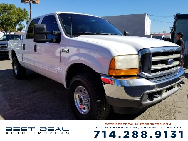2001 Ford F-250 Super Duty XLT Crew Cab Front air conditioning Front airbags - dual Cassette I