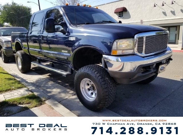 2002 Ford F-350 Super Duty Lariat Crew Cab Front air conditioning Front airbags - dual Cassette