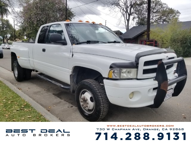 1999 Dodge Ram 3500 Laramie SLT Front air conditioning Front airbags - dual Cassette Radio - AM