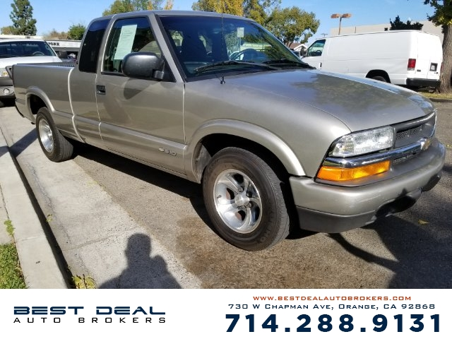 2002 Chevrolet S-10 LS Front air conditioning Front airbags - dual In-Dash CD - single disc Rad