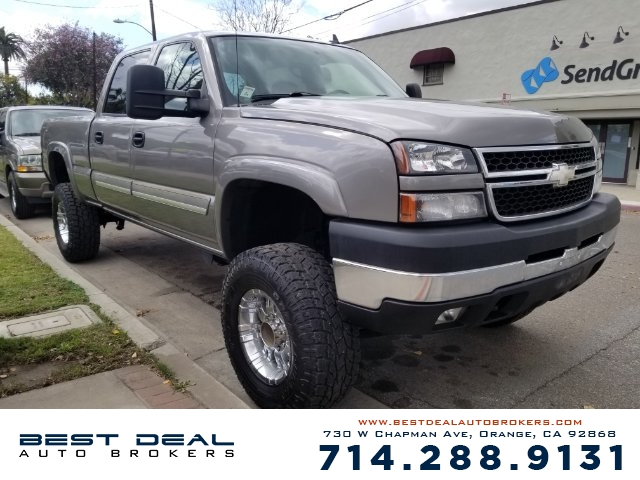 2006 Chevrolet Silverado 2500HD LT3 Front air conditioning - automatic climate control Front air