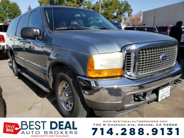 2001 Ford Excursion XLT 2WD SPORT Front air conditioning Rear air conditioning Front airbags -