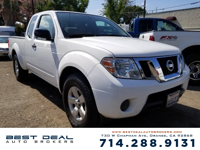 2012 Nissan Frontier SV V6 King Front air conditioning Front air conditioning zones - single Rear