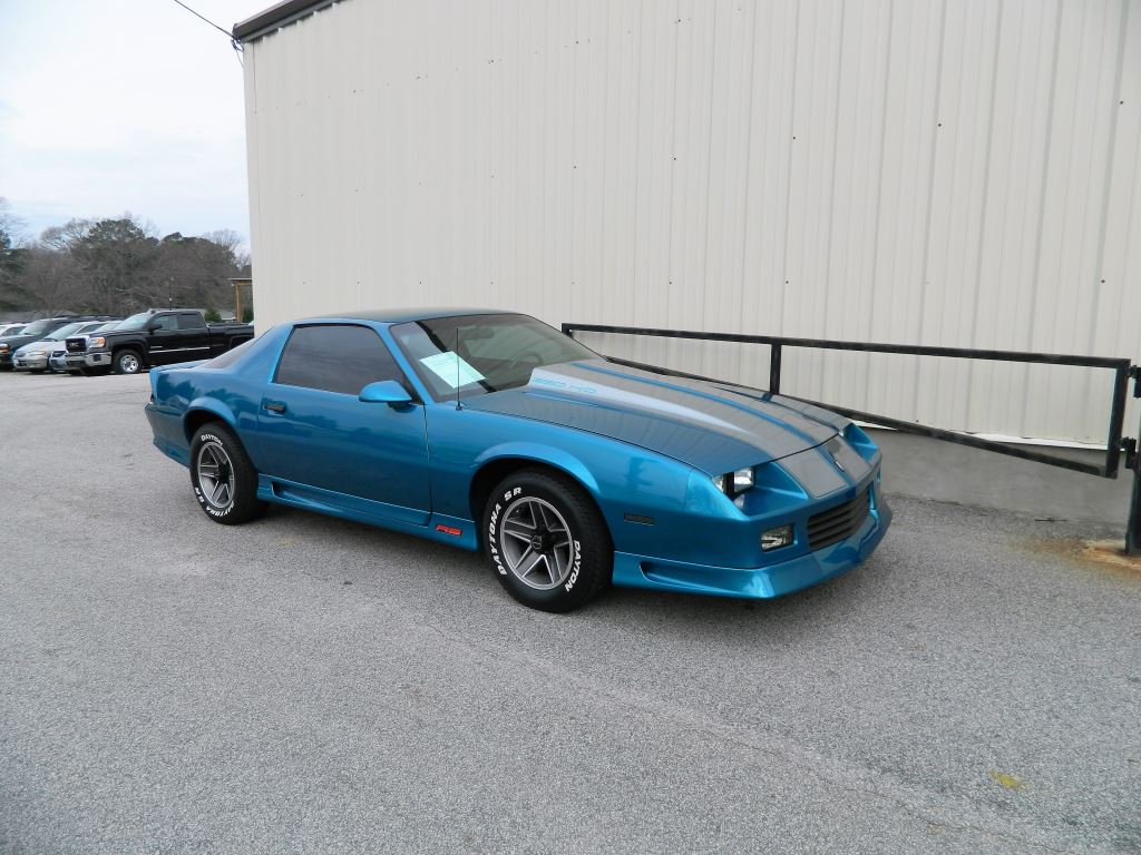 1991 Chevrolet Camaro  Local Trade 50L V8 Automatic RS Power Locks And Power Windows Fog Li