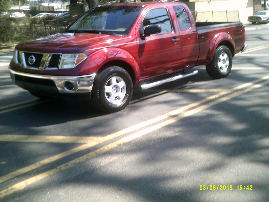 2006 Nissan Frontier  CLEAN LOCAL TRADE IN  NISSAN V6 QUALITY Burgundy Stock 6685 VIN 1N6AD0