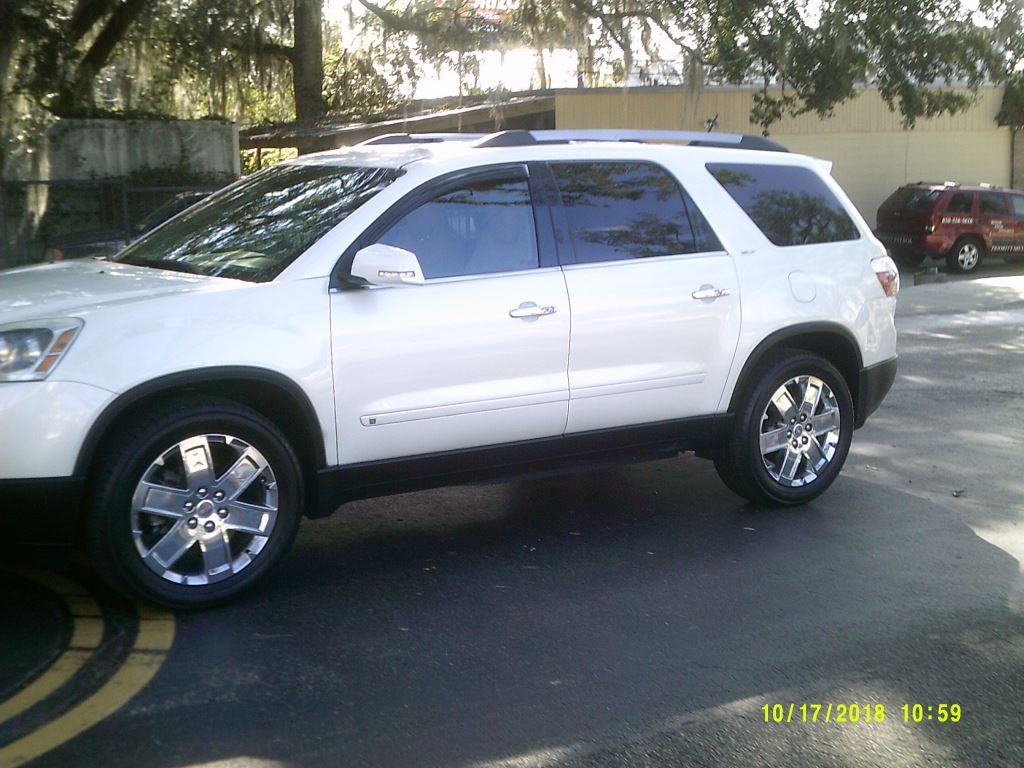 2010 GMC Acadia  CLean Local Trade In White 3rd Seater7 PassengerAir ConditioningAlloy Wheels