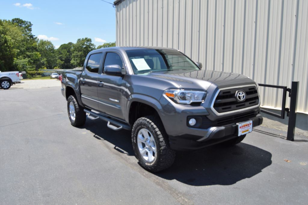 2016 Toyota Tacoma  2016 Toyota Tacome SR5 4x4 Double Cab 35L V6 CLEAN TRUCK Power WindowsLoc