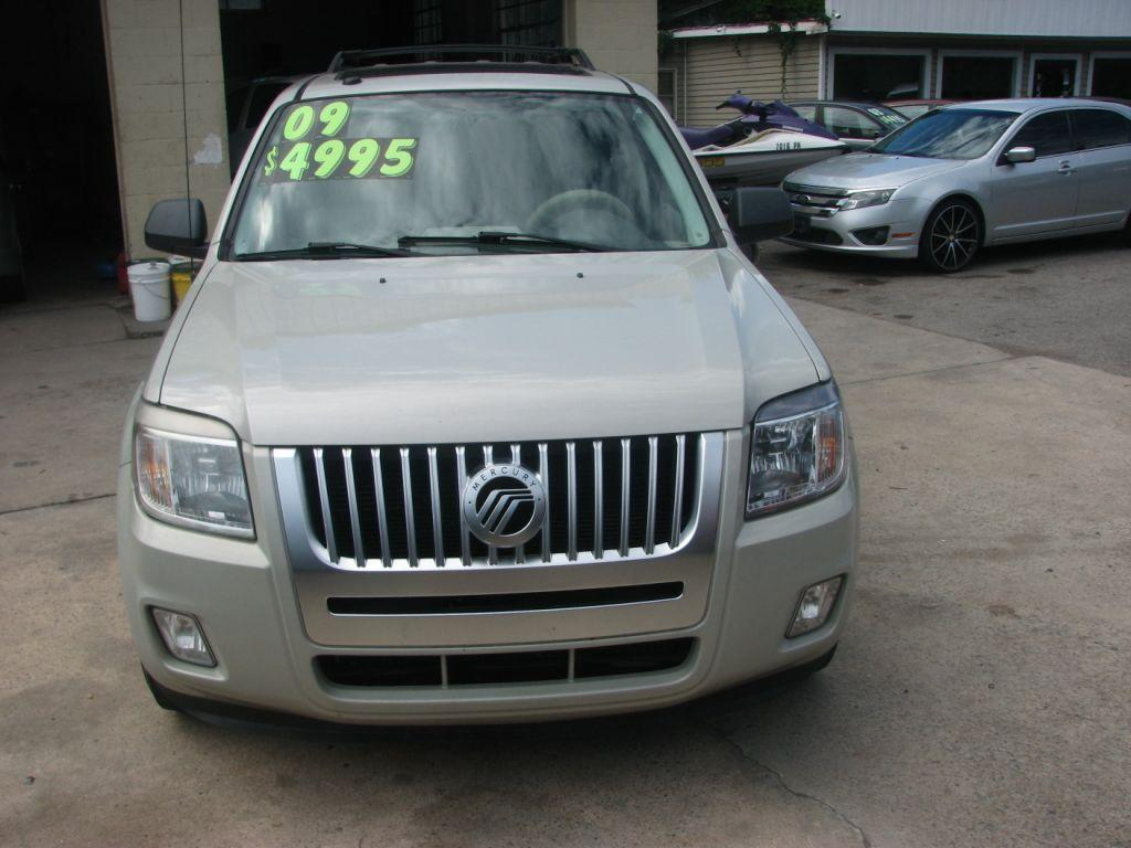 2009 Mercury Mariner  Cream Stock 16257 VIN 4M2CU81G49KJ19421