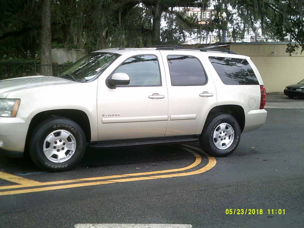 2007 Chevrolet Tahoe  Clean Trade In Leather All Power Dual buckets Beige 3rd Seater7 Passenge