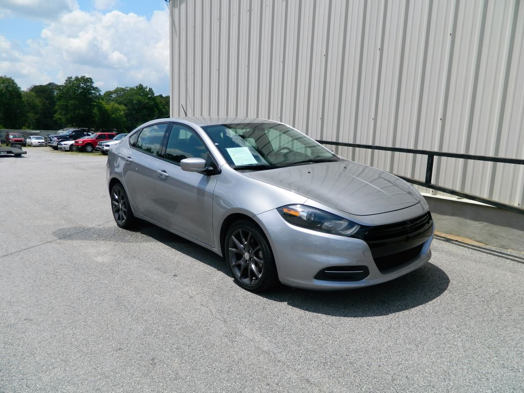 2015 Dodge Dart SE  4 Cyl Automatic Dart SE Sedan 4Door Only 42K Miles Power Locks And Powe