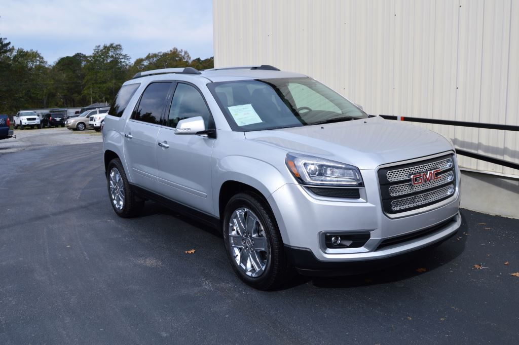 2017 GMC Acadia Limited  2017 GMC Acadia Limited 36L V6 LOW MILES EXTRA CLEAN 3rd Row Seating