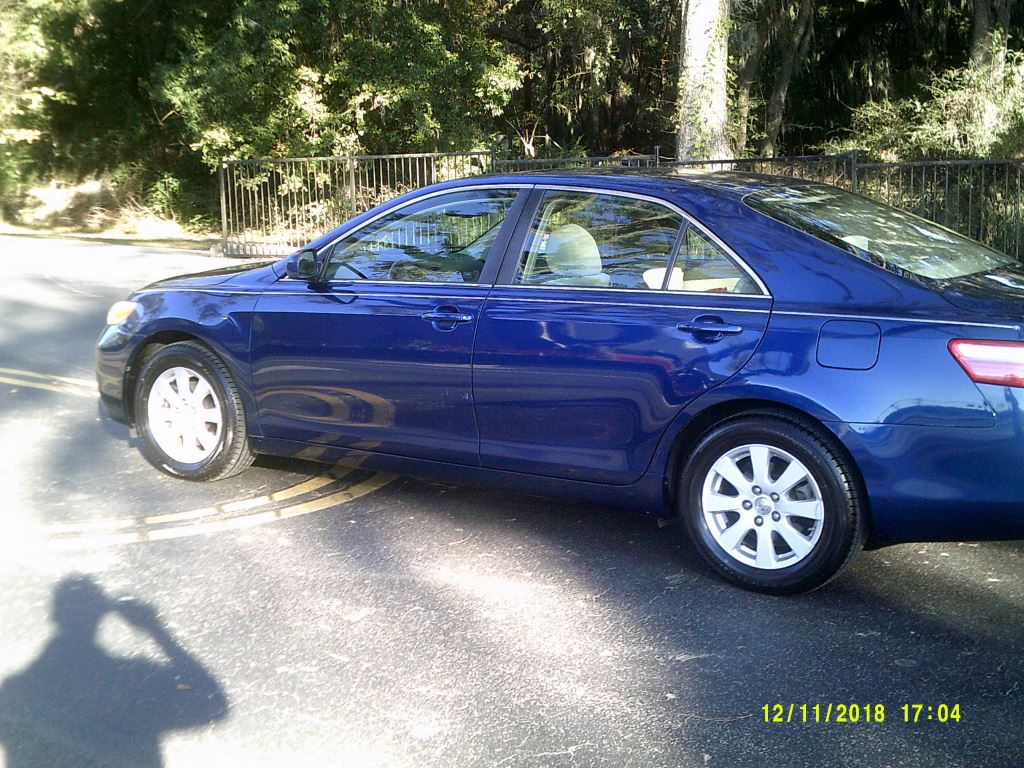 2009 Toyota Camry  Clean Local Trade In XLE package Blue 5 PassengerAbs 4wheelAir Conditioni