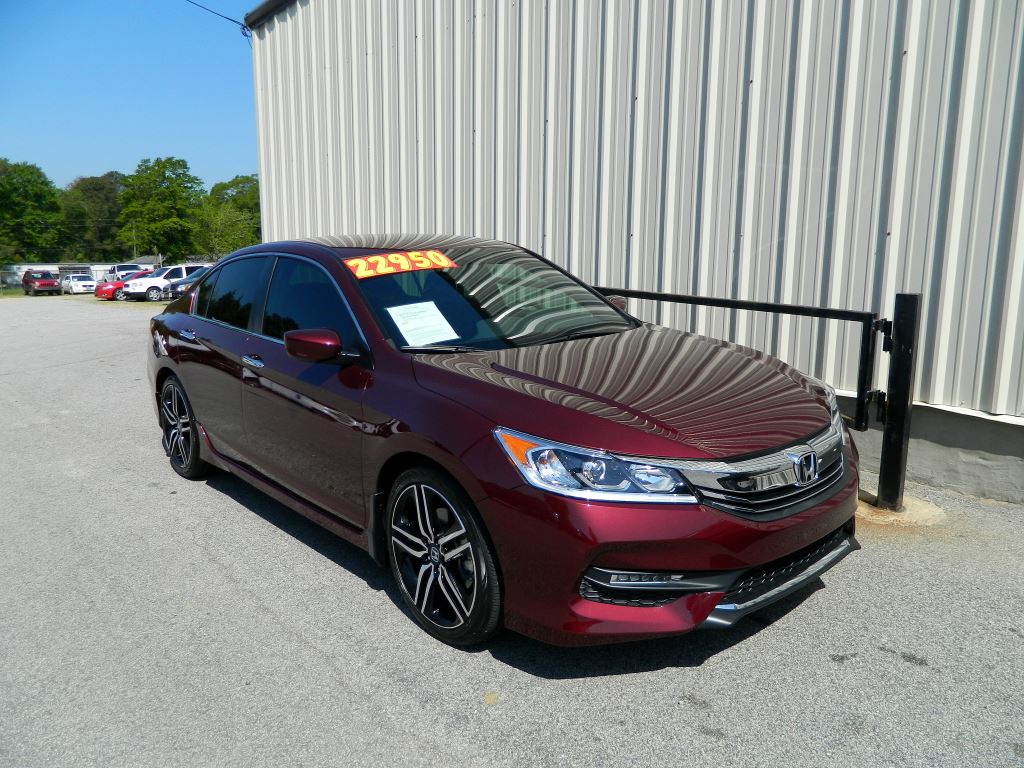 2017 Honda Accord  2017 Honda Accord Sport 24L I-4 CLEAN CAR LOCAL TRADE ONLY 35000 MILES P