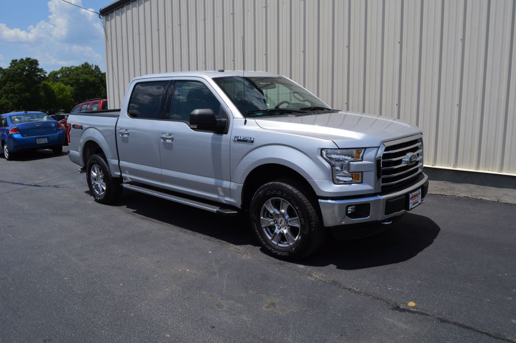 2016 Ford F150 XLT Super Crew 4WD  2016 Ford F150 XLT Super Crew 4WD 50L V8 CLEAN TRUCK ONLY 2