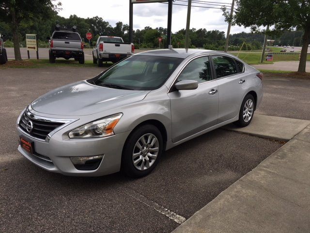 2014 Nissan Altima S Silver Or Aluminum 110 Alternator - Maximum Capacity Amps12-Volt 2 Power