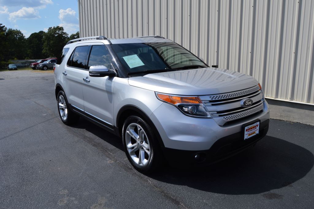 2015 Ford Explorer Limited  2015 Ford Explorer Limited 35L V6 CLEAN SUV LOCAL TRADE 3rd Row S