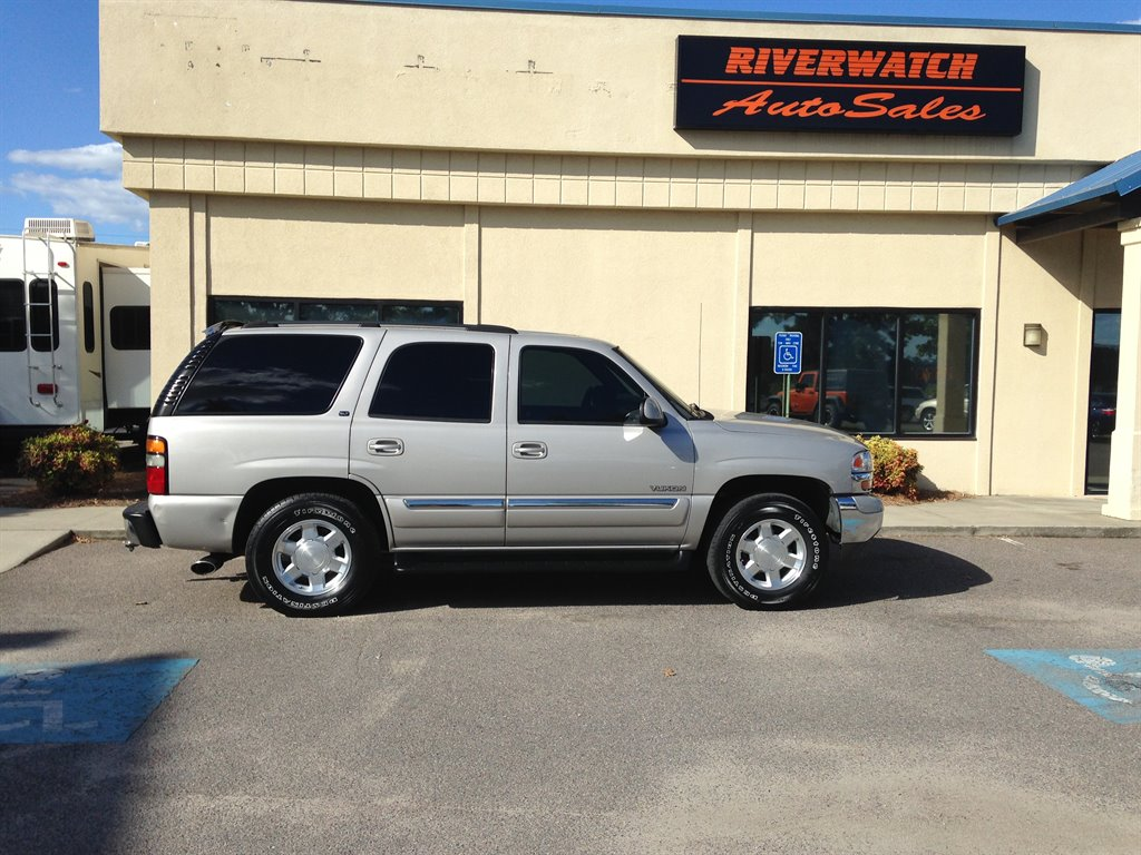 2004 GMC Yukon SLT A 2004 GMC YUKON SLT THAT IS  FULLY SERVICED NEW TIRES LEATHER ALL POWER OPT