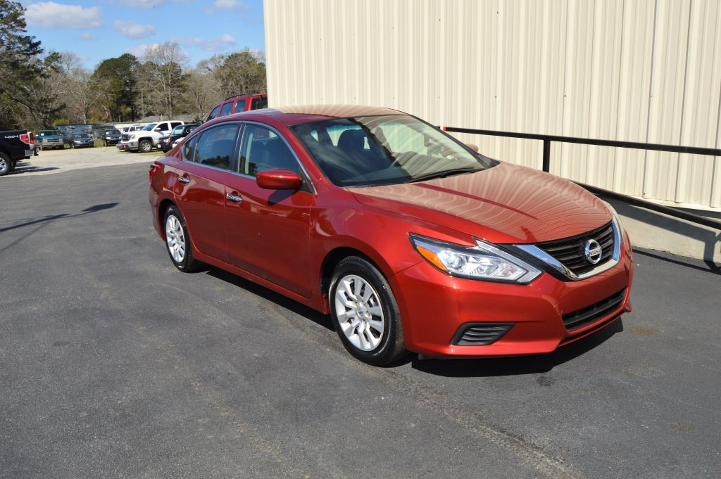 2016 Nissan Altima S  2016 Nissan Altima S 25L I-4 CLEAN CAR ONLY 38000 MILES LOCAL TRADE P