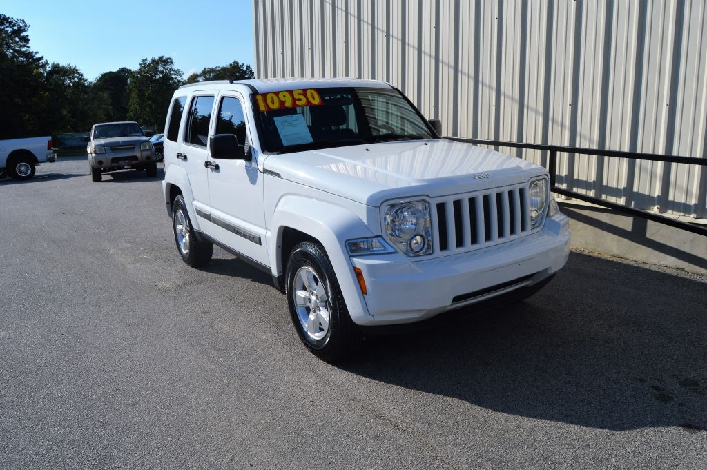 2012 Jeep Liberty Sport  2012 Jeep Liberty Sport 37L V6 Power LocksWindowsSeats Low Miles A