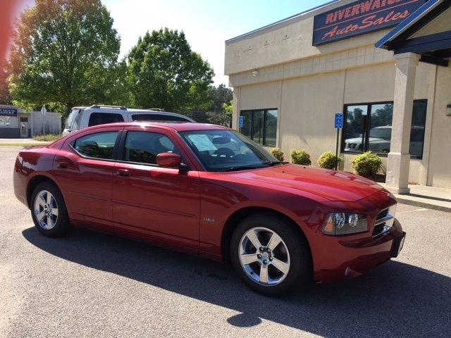 2010 Dodge Charger RT Maroon Or Burgundy 12-Volt Power OutletS160 Alternator - Maximum Capaci
