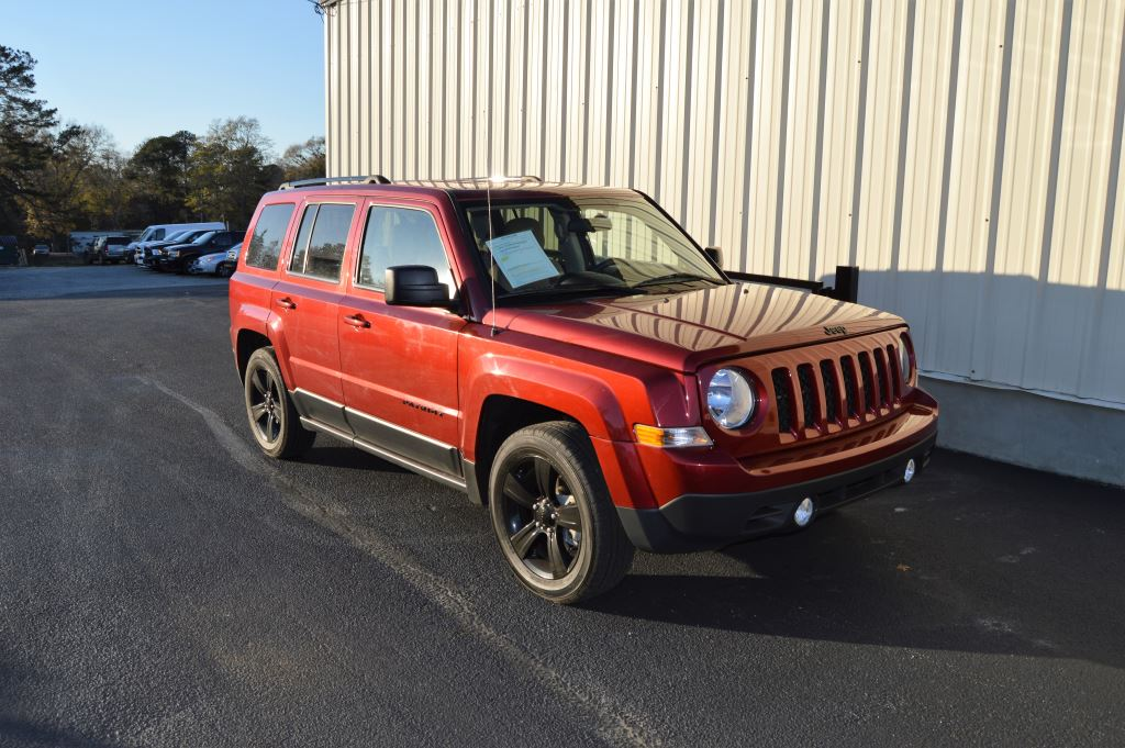 2015 Jeep Patriot Altitude Sport  2015 Jeep Patriot Altitude Sport  20L I-4 GREAT MILES CLEAN