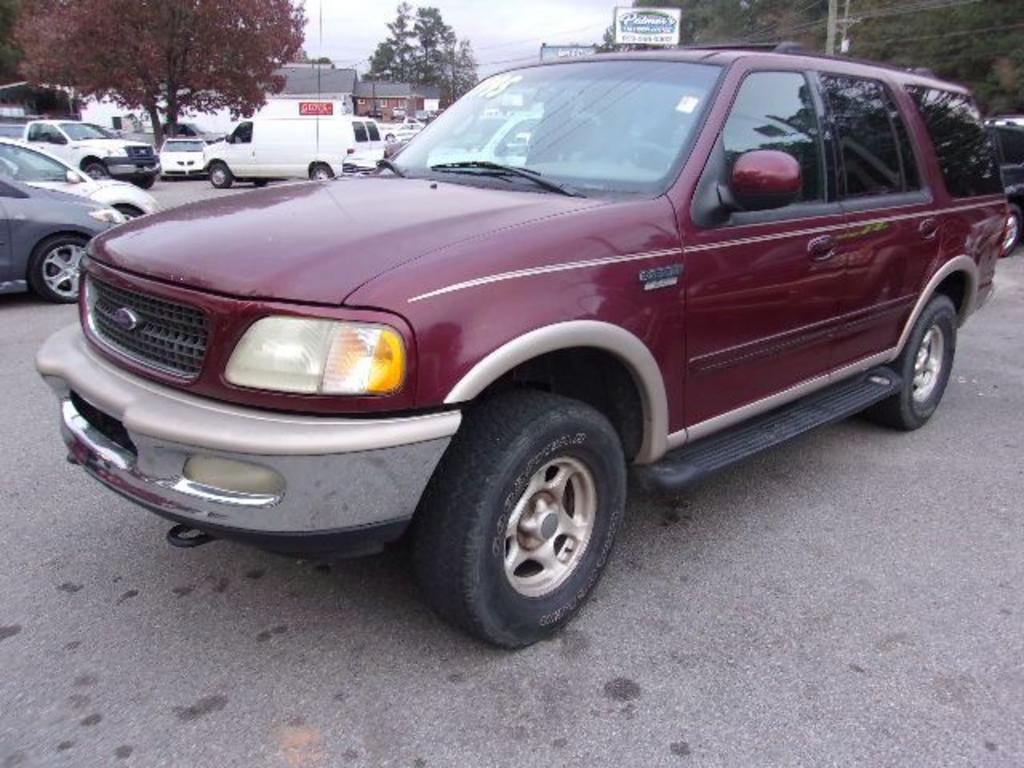 1998 Ford Expedition  Burgandy Stock 17224 VIN 1FMPU18L7WLC30757