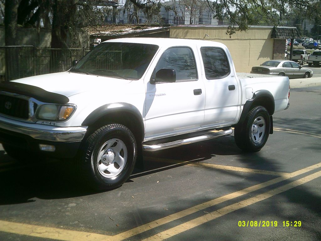 2004 Toyota Tacoma  CLEAN LOCAL TRADE IN CREW CAB White Stock 6686 VIN 5TEGN92N04Z407660  F