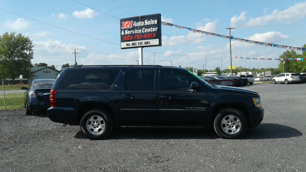 2007 Chevrolet Suburban 1500 LT Fully loaded leather dvd pw ps pl very clean like new 3rd row Blu