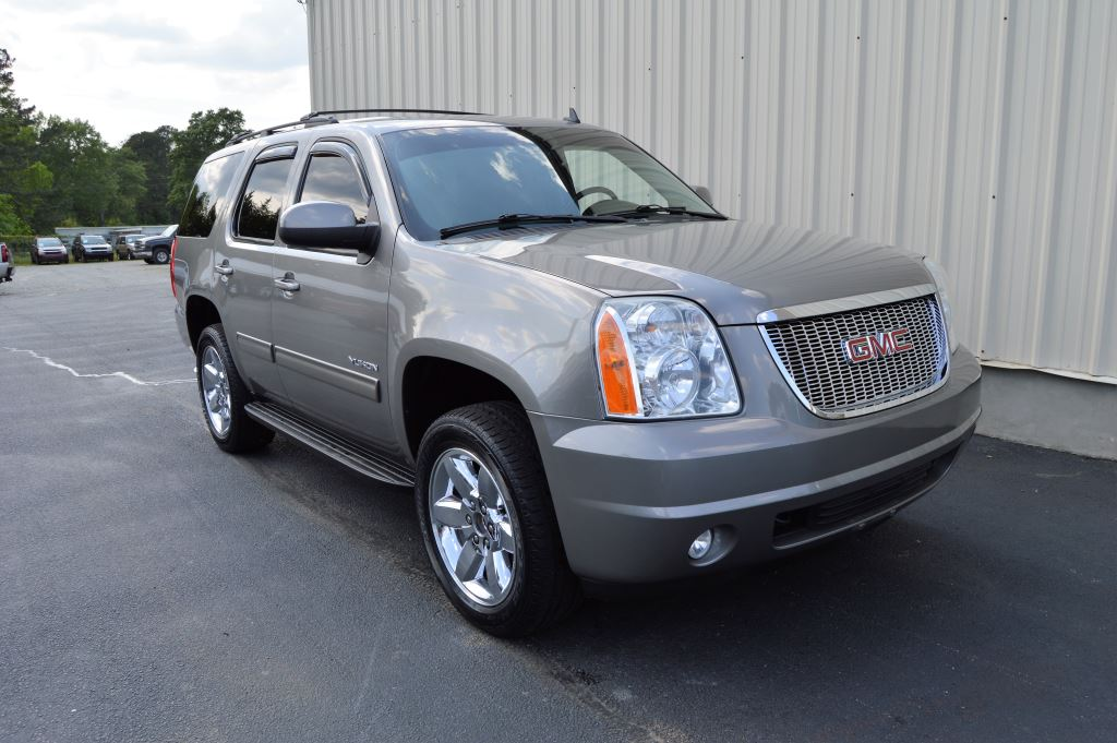 2012 GMC Yukon SLE Fuel Flex  2012 GMC Yukon SLE Fuel Flex 53L V8 CLEAN SUV GREAT MILES 3rd R