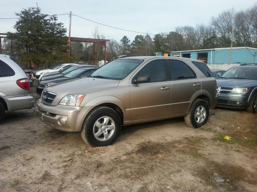2005 Kia Sorento EX CASH SALE Gold Stock 1584 VIN KNDJC733655406370