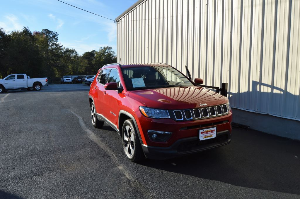 2017 Jeep New Compass Latitude  2017 Jeep New Compass Latitude 24L I-4 EXTRA CLEAN LOCAL TRADE