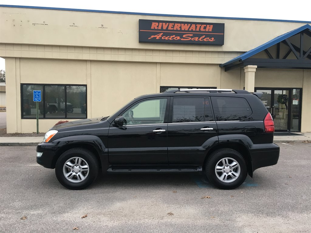 2008 Lexus GX 470  2008 LEXUS GX 470 HAS HAD TWO OWNERS AND HAS A CLEAN VEHICLE HISTORY REPORT  I