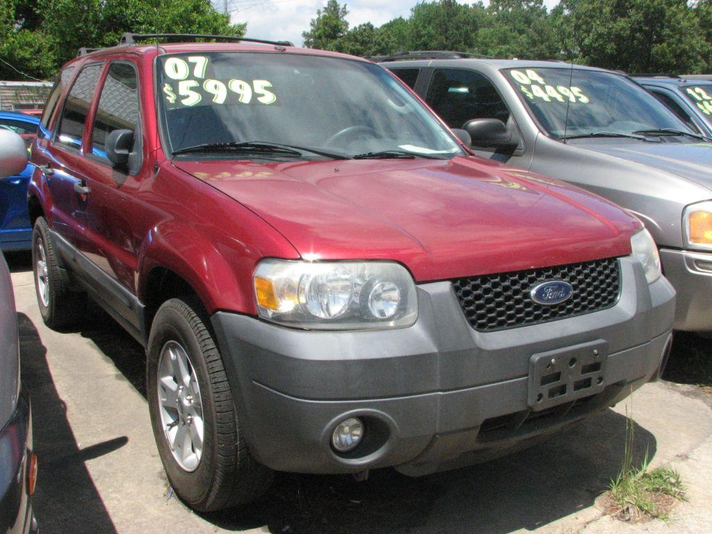 2007 Ford Escape  RED Stock 16218 VIN 1FMYU03127KB77784