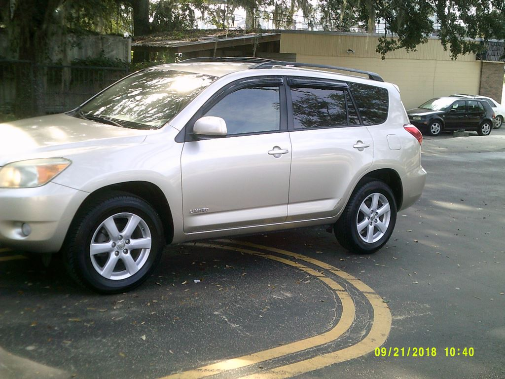 2006 Toyota Rav4  Clean Low Mileage Trade in  Miles under 100k Toyota Quality Gold 5 Passenger